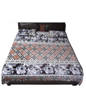Double bedsheet square design with 2 pillow Cover