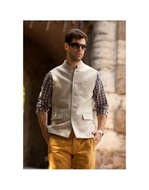 Men Sleeveless Wool Coat Cream