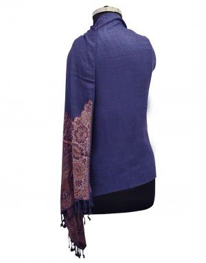 Women viscose stole with peacock palla